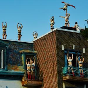photo-de-montreal-completement-cirque